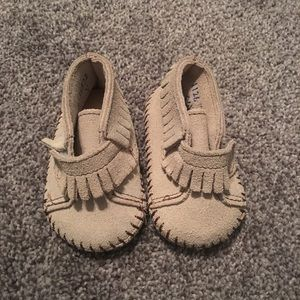 Authentic Minnetonka Moccasin 0-3 months